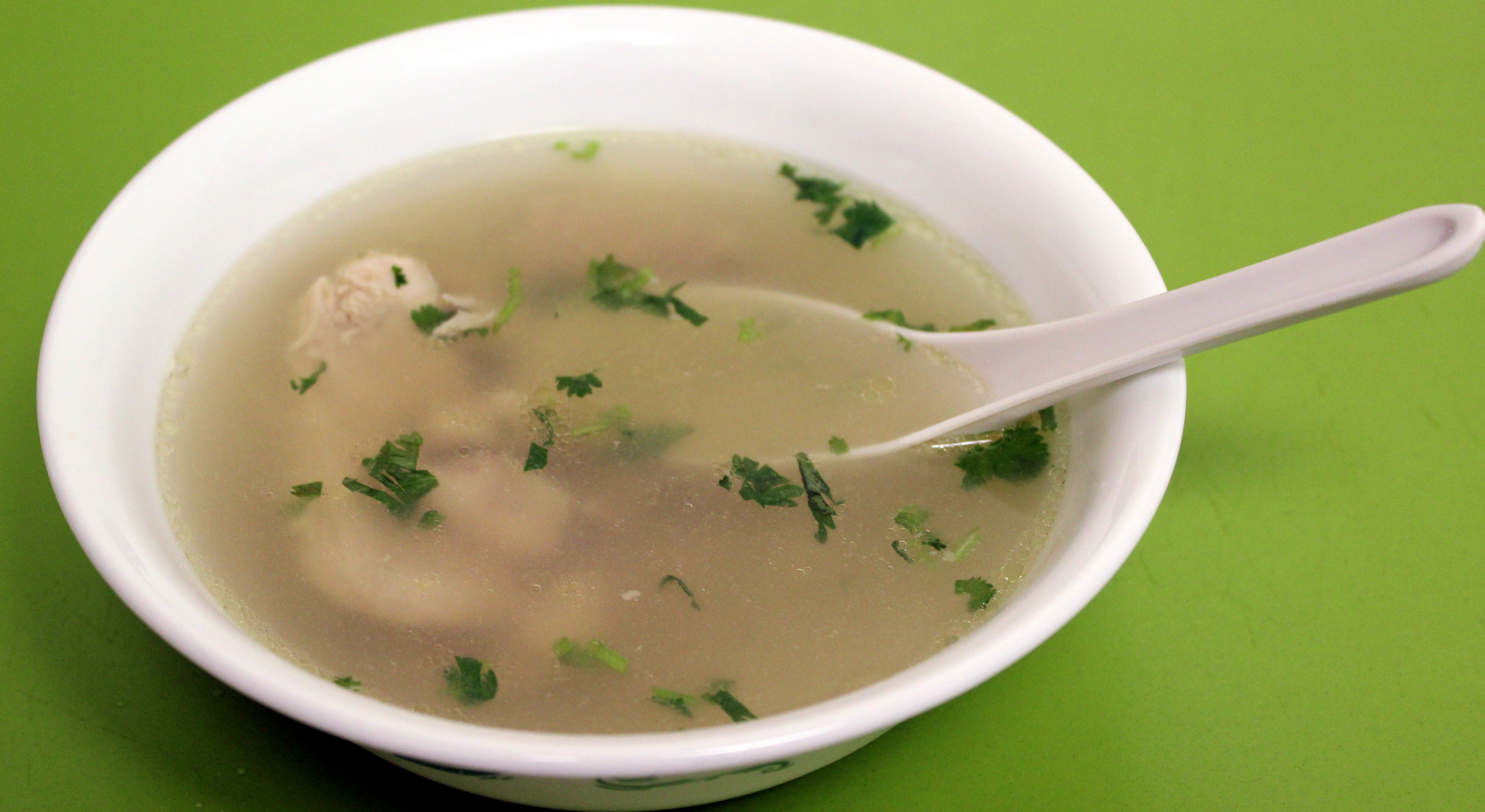 Clear chicken soup with ginger aish cooks the forumfinder Images