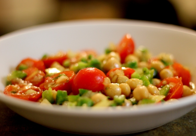 Chickpea and Cherry Tomatoes Salad