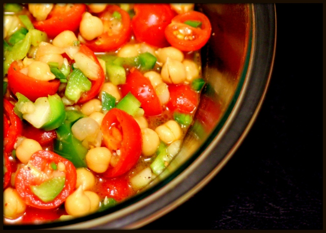 Chickpea and Cherry Tomatoes Salad2