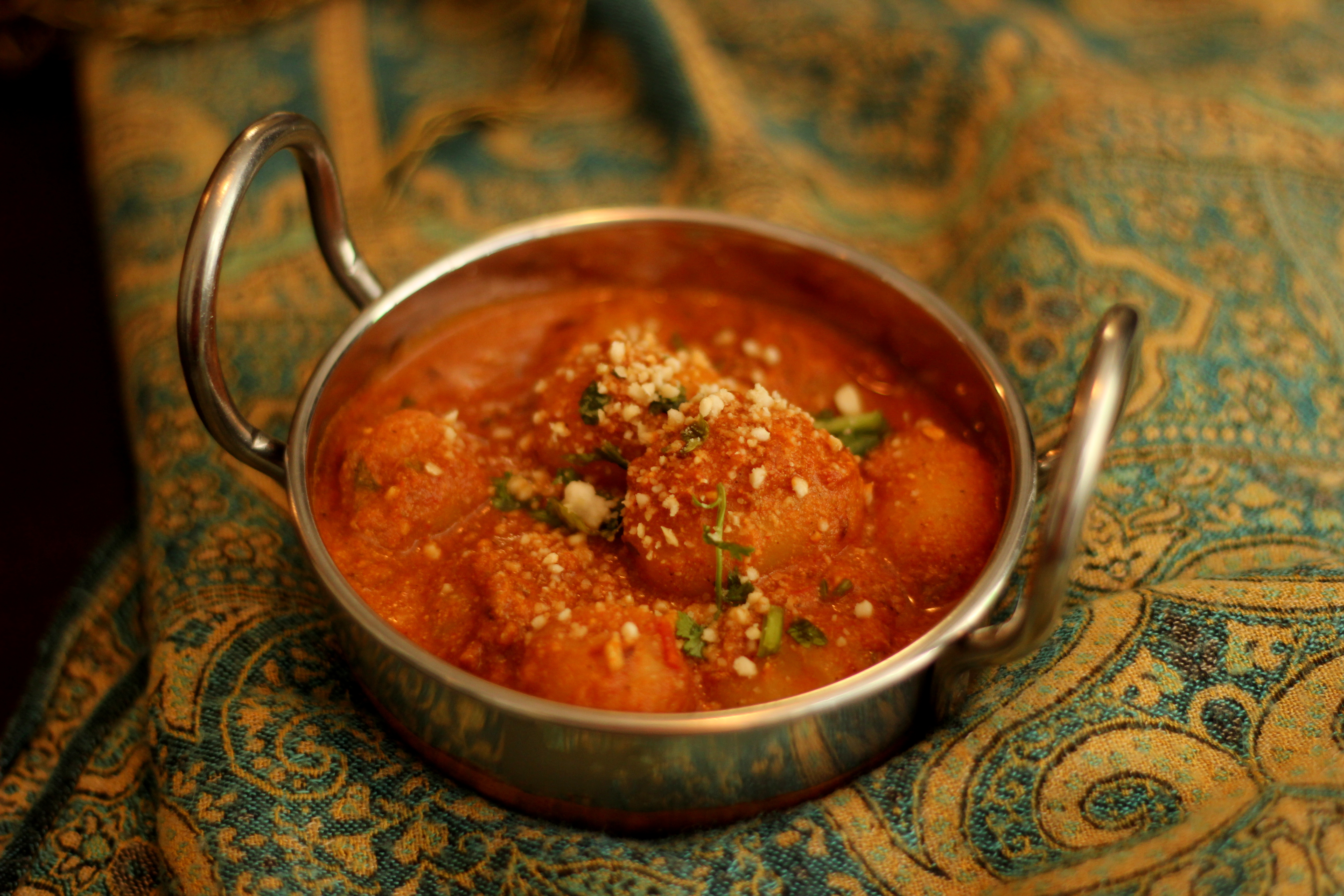 Dum Aloo | Baby Potatoes in Kashmiri-style Curry ~ simmered with ...
