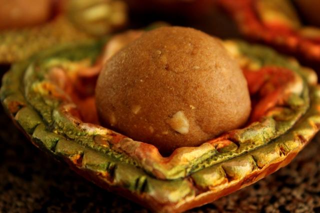 Atta Laddu | Wheat Flour laddoos for Diwali