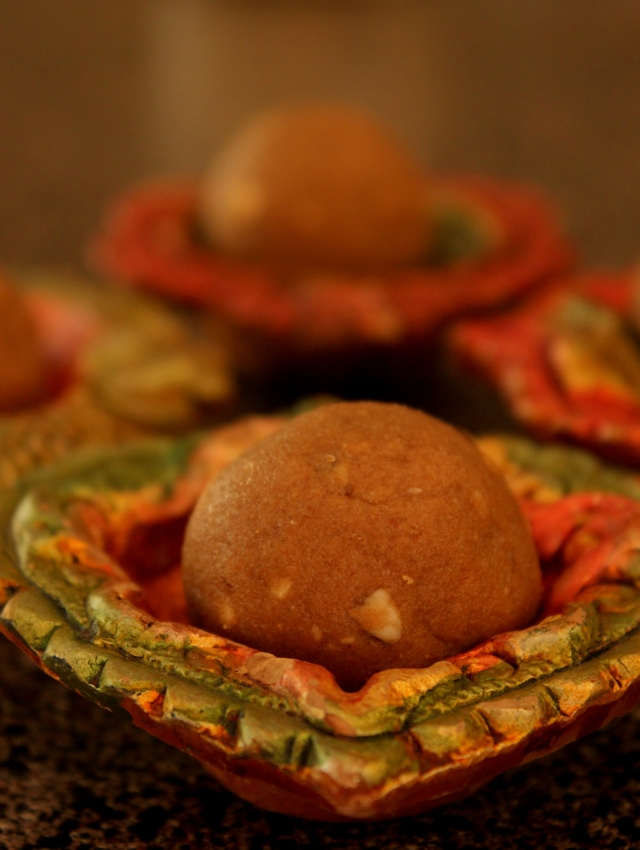 Atta Laddu for Diwali