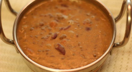 Dal-Makhani-Punjabi-Black-Lentil-Curry