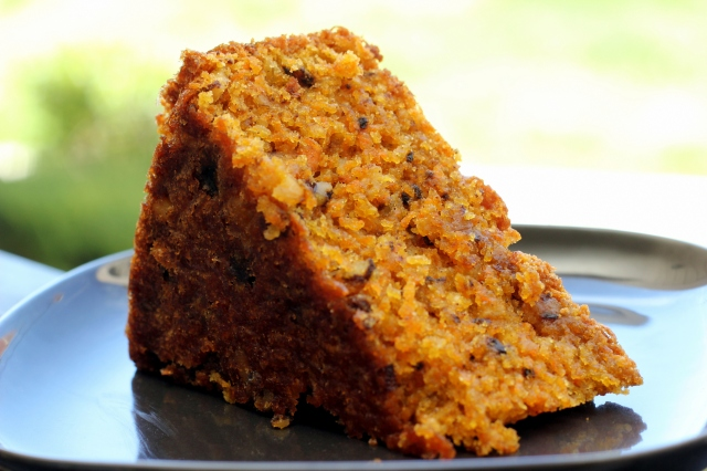 Carrot Cake With Raisins Nuts