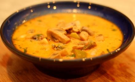 mushroom-coconut-milk-thai-inspired-soup-curry