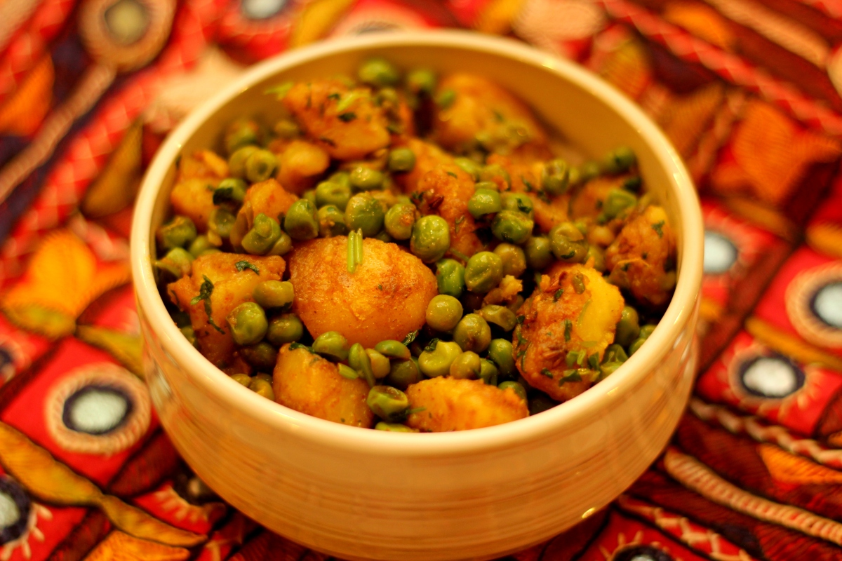 Sukha Aloo Matar | Dry Potato and Peas Curry