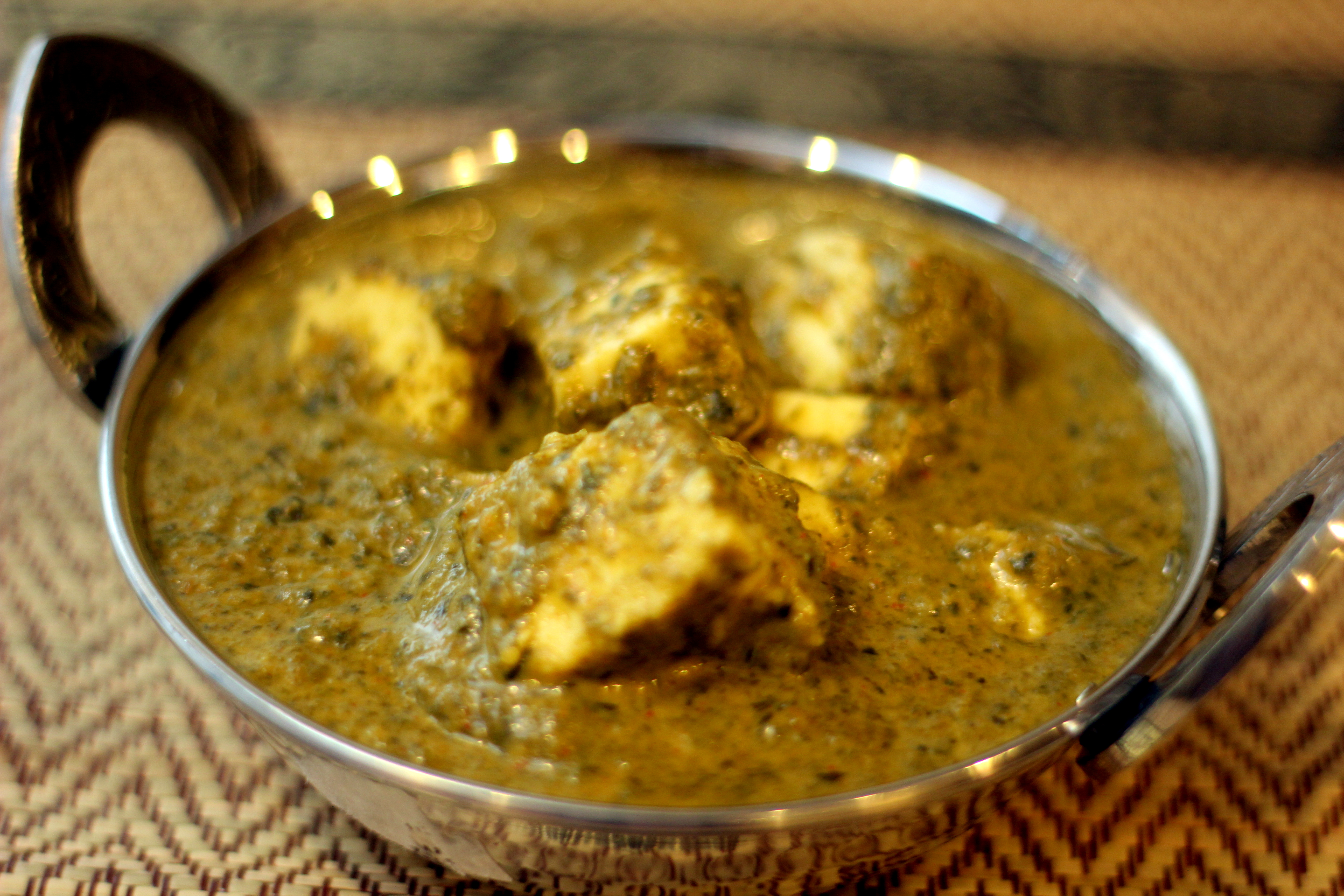 Saag Paneer Creamy Spinach And Paneer Curry Aish Cooks