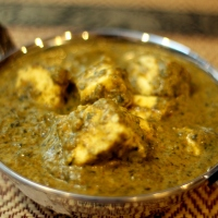 Saag Paneer | Creamy Spinach and Paneer Curry