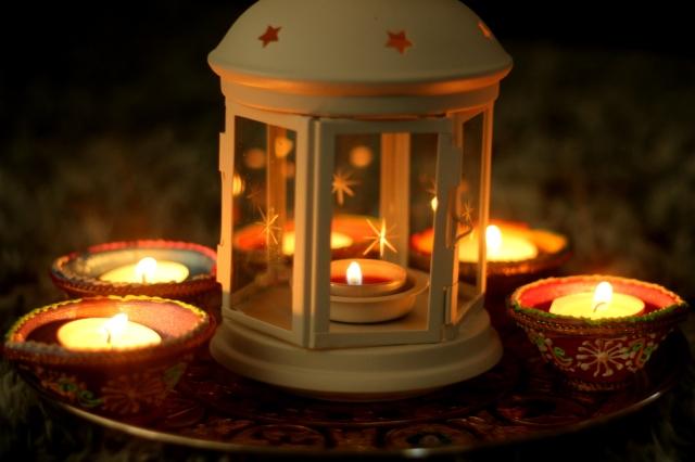 diwali-lights-diyas-2015