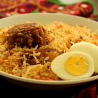 Hyderabadi Chicken Dum Biryani (Kacchi Style)