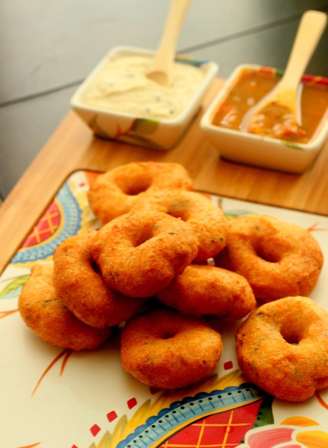 pongal-medu-vada-sambar-chutney